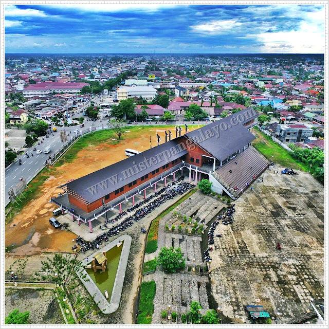 Rumah Adat Radakng Kalimantan Barat