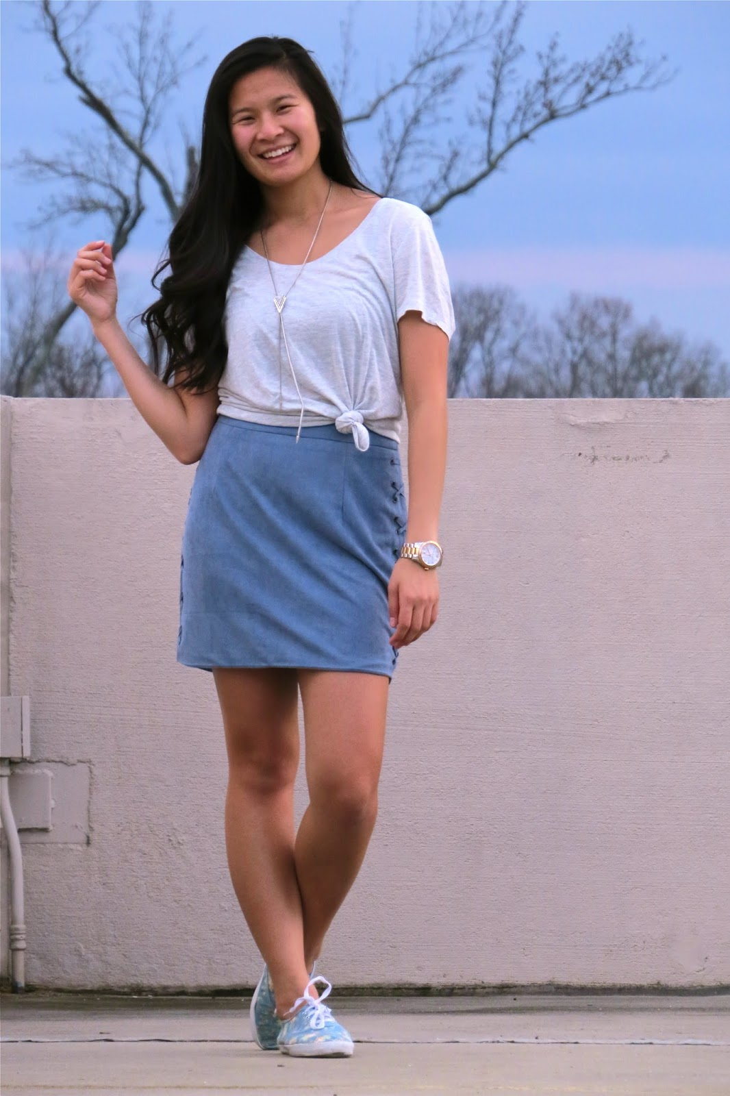 styling_a_blue_suede_skirt