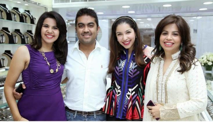 Sonam Ludhani, Avinash Uttamchandani, Raksha Uttamchandani and Sangeeta Ludhani, Jacqueline Fernandez Launches Meena Jewellers in Dubai