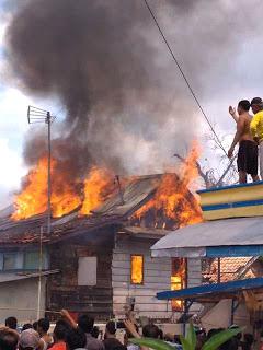 Dua Rumah Dan Dua Bedeng Di Mangga Besar Terbakar