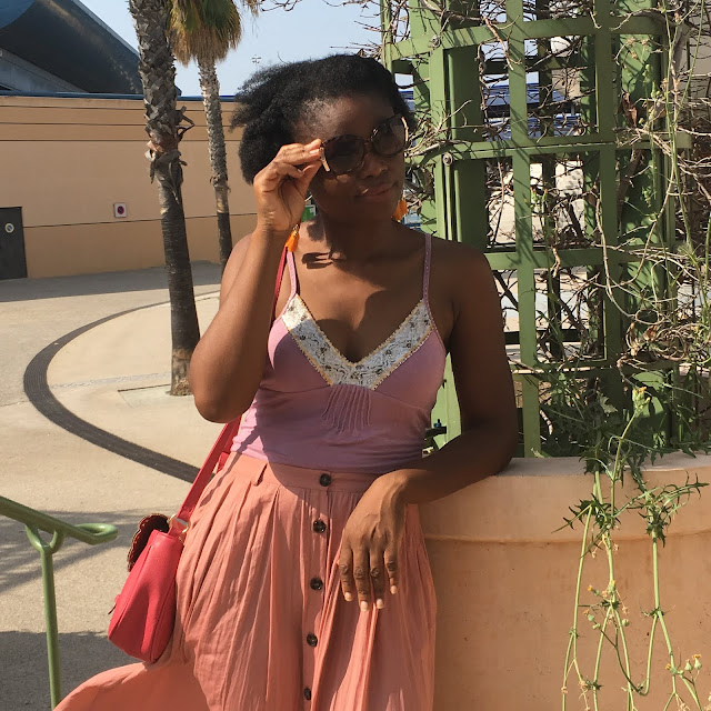 otal look rose, octobre rose, caraco, jupe fluide, jupe midi, jupe en soie, jupe plissée, jupe rose, cancer du sein