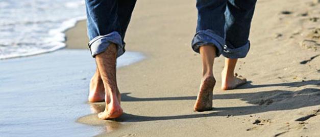 Dor nas pernas ao caminhar: pode ser sinal de problemas da circulação arterial, varizes