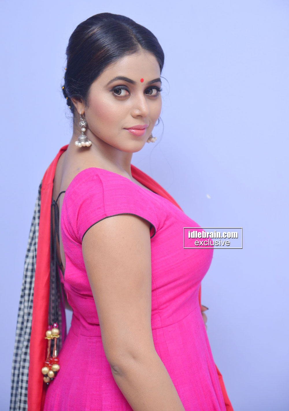 shamna kasim aka poorna latest photos mallufun