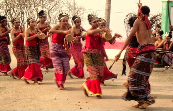 Tari Likurai, Tarian Tradisional Dari Daerah Belu Provinsi Nusa Tenggara Timur (NTT)