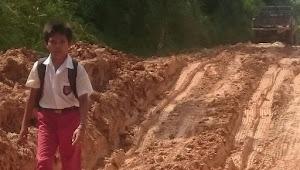 Begini Perjuangan Anak-Anak Desa Lubuk Mandarsah Pergi Ke Sekolah