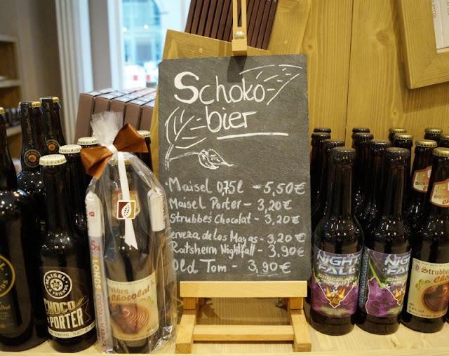 Die 7 schokoladigsten Gründe für einen Besuch im Chocoversum. Im Shop des Chocoversums, im Choco-Laden, gibt es tolle Geschenke und Mitbringsel.