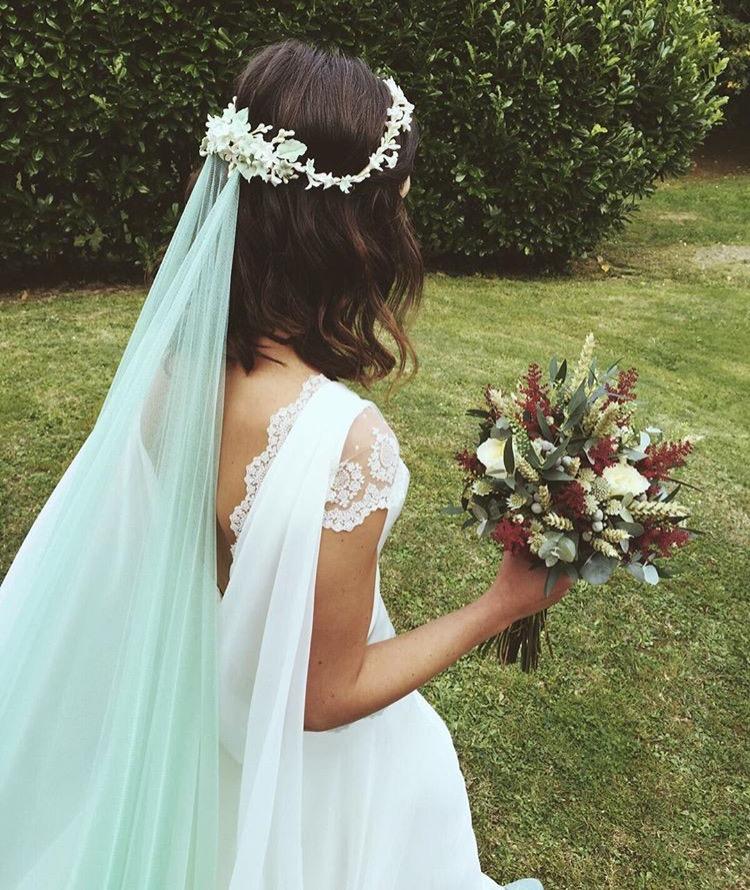 Velos de novia con color - Blog de bodas originales para novias con ...