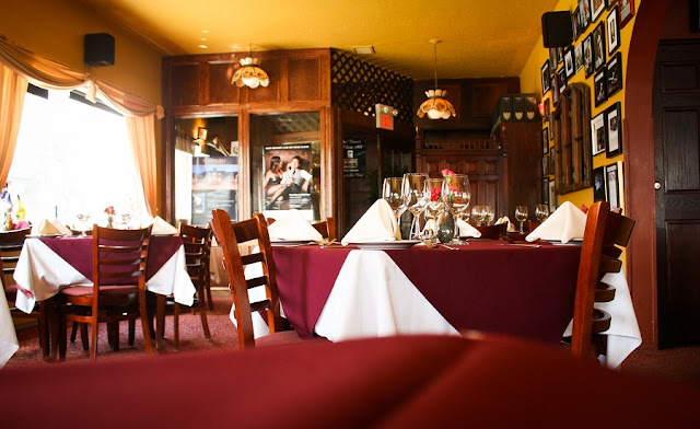 Restaurante Continental Treat Fine Bistro em Edmonton