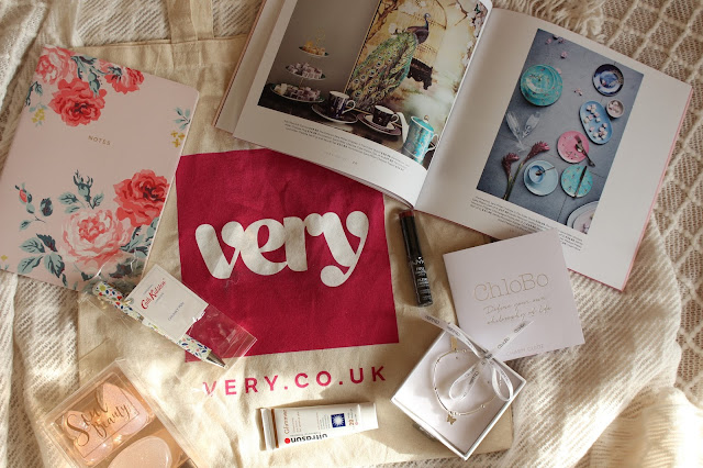 shopping, very.com, gift bag, presents, gifts, cathkidstone, NYX, stationary, Beauty