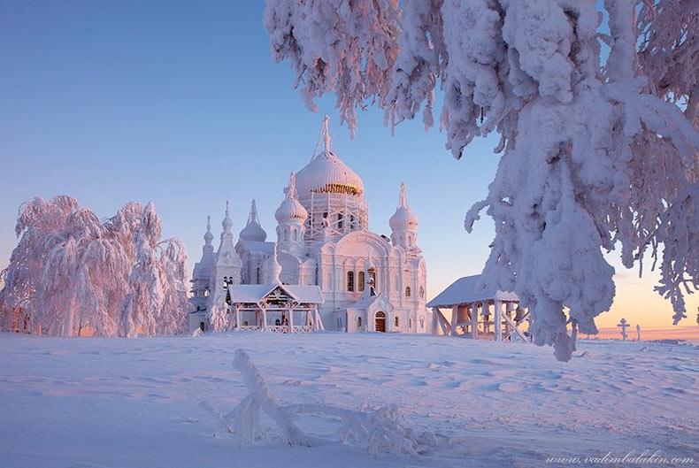 El Monasterio Belogorsky de San Nicolás | Rusia