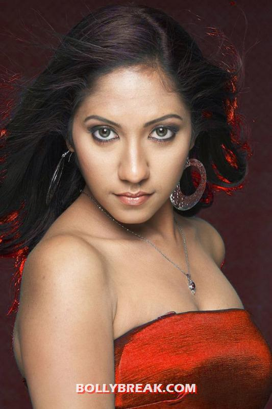 Asha Latest Hot Photos 6 Pics