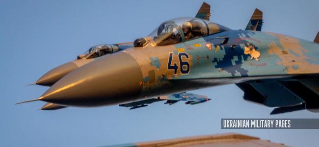 Четвірка винищувачів Су-27 зі складу 831 бригади тактичної авіації