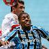 Grêmio aplaca a crise, goleia o São Luiz e vai à final do Gauchão