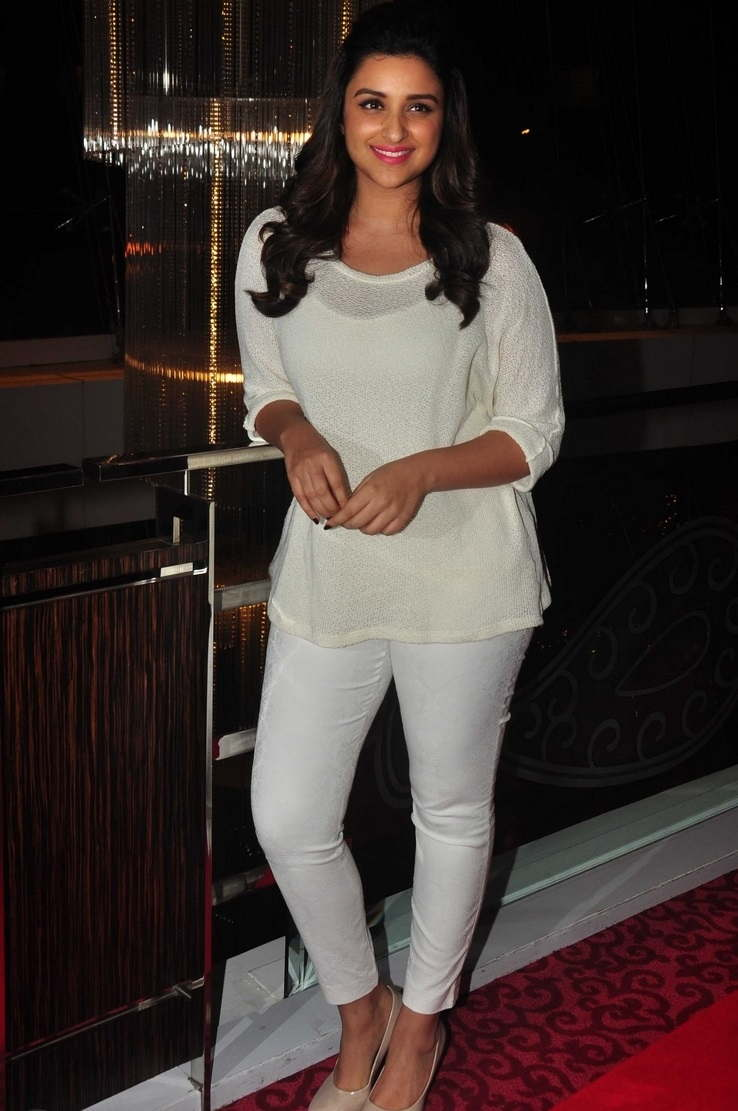 Beautiful Hindi Actress Parineeti Chopra Long Hair Photos In White Top Pant