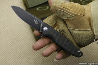 CH Knife CH3004 lightweight titanium frame-lock flipper