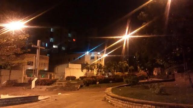 Moradora agradece e informa que Iluminação da Praça Pau Brasil já foi regularizada
