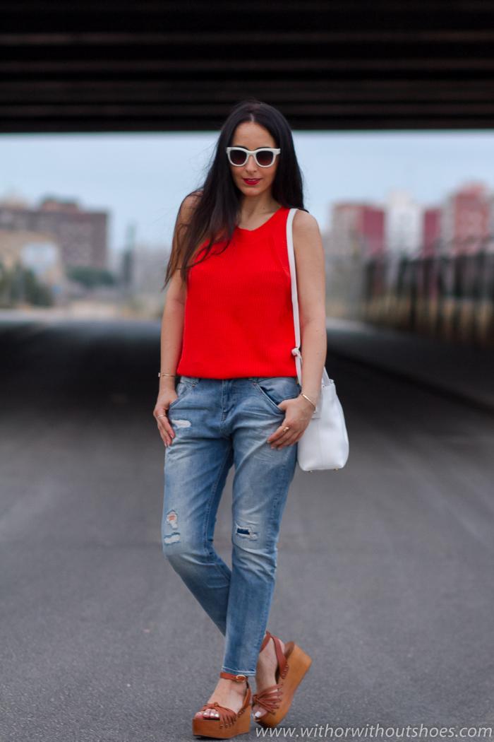 Blogger influencer instagramer de moda belleza valenciana con ideas de outfit de mujer