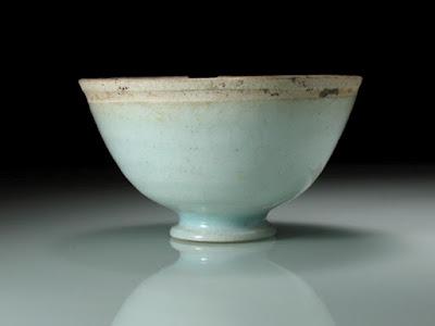 """<img src=""""Song Dynasty.jpg"""" alt=""""rare Qingbai cup"""">"""