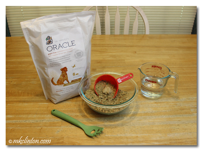 Dr. Harvey's Oracle bag, food in a bowl and water.