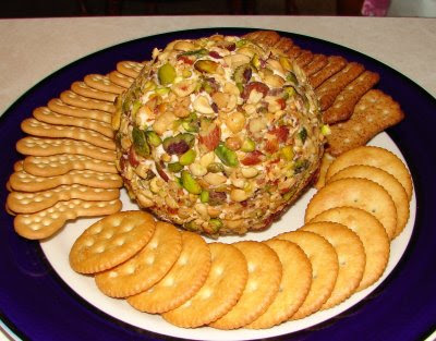 http://freerecipenetwork.com/pistachio-cheeseball/