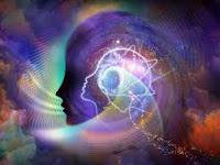 La Lumière informatique anime et informe par son code numérique fréquentiel la mémoire biologique et anatomique de l'homme. Dans cette anatomie où le son du passé rejoint le présent.