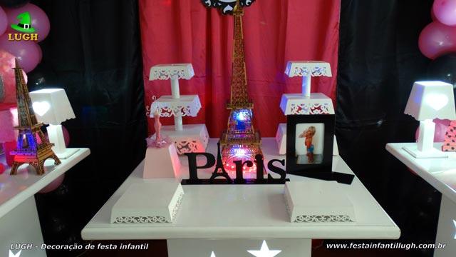 Paris - Mesa decorada provençal