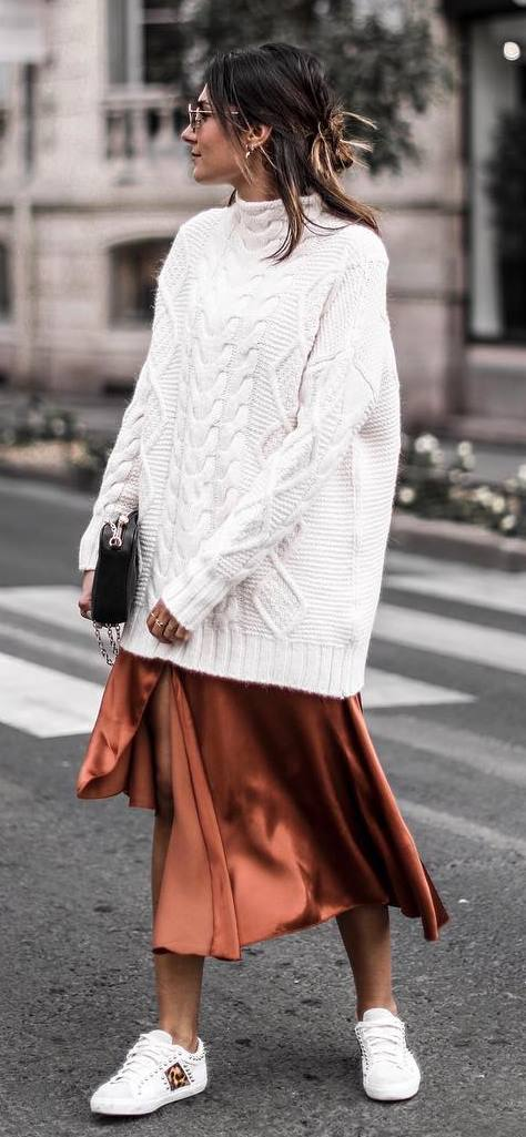 amazing winter outfit idea / knit oversized sweater + bag + silk skirt + sneakers
