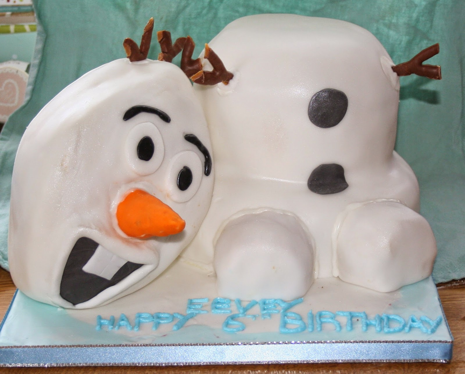 Terrific Chintzy Cakes Olaf Birthday Cake Personalised Birthday Cards Paralily Jamesorg