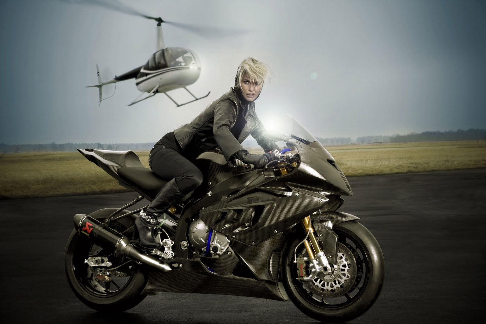 Bmw S1000rr Girl Wallpaper Fast Bikes Online Bmw S1000rr Black