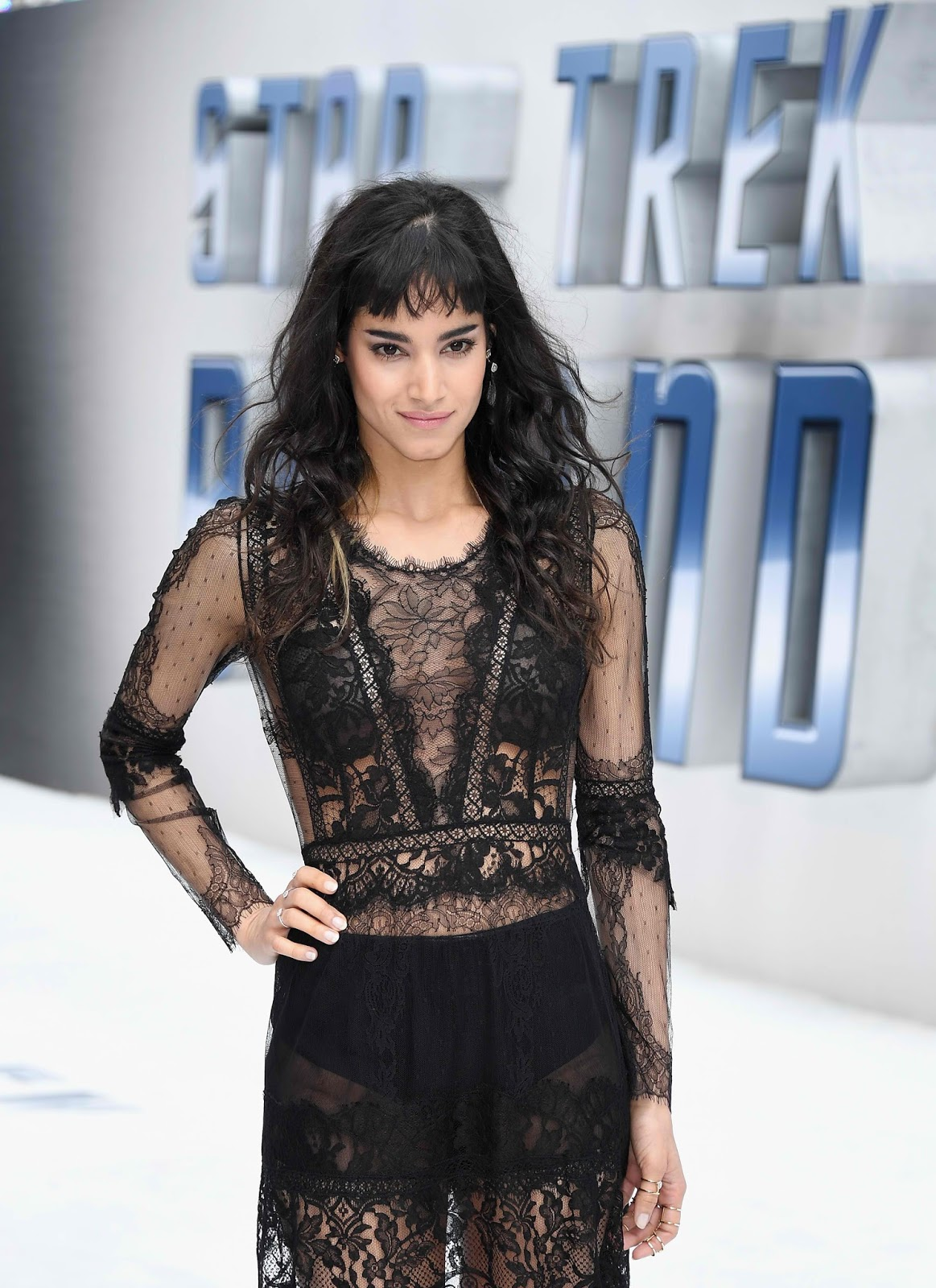Lakwatsera lovers kingsman villain sofia boutella makes - Jaylah sofia boutella ...