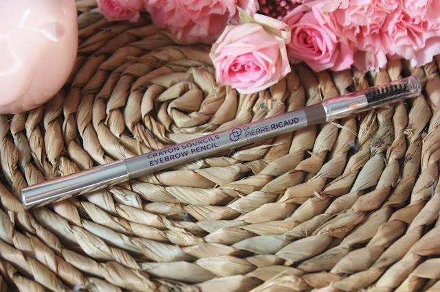 crayon-sourcils-double-embout