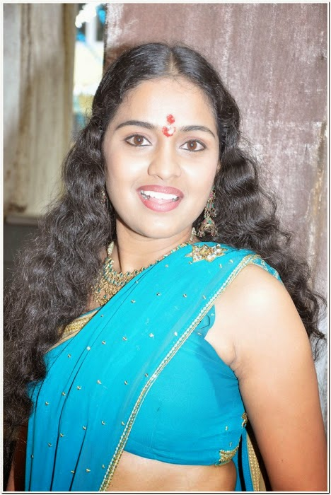 Tamil Actress Hot Navel Show Stills In Saree - Cine Gallery