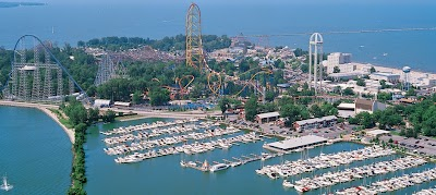 Seeking a Thrill: 7 Great Amusement Parks with Nearby Campgrounds