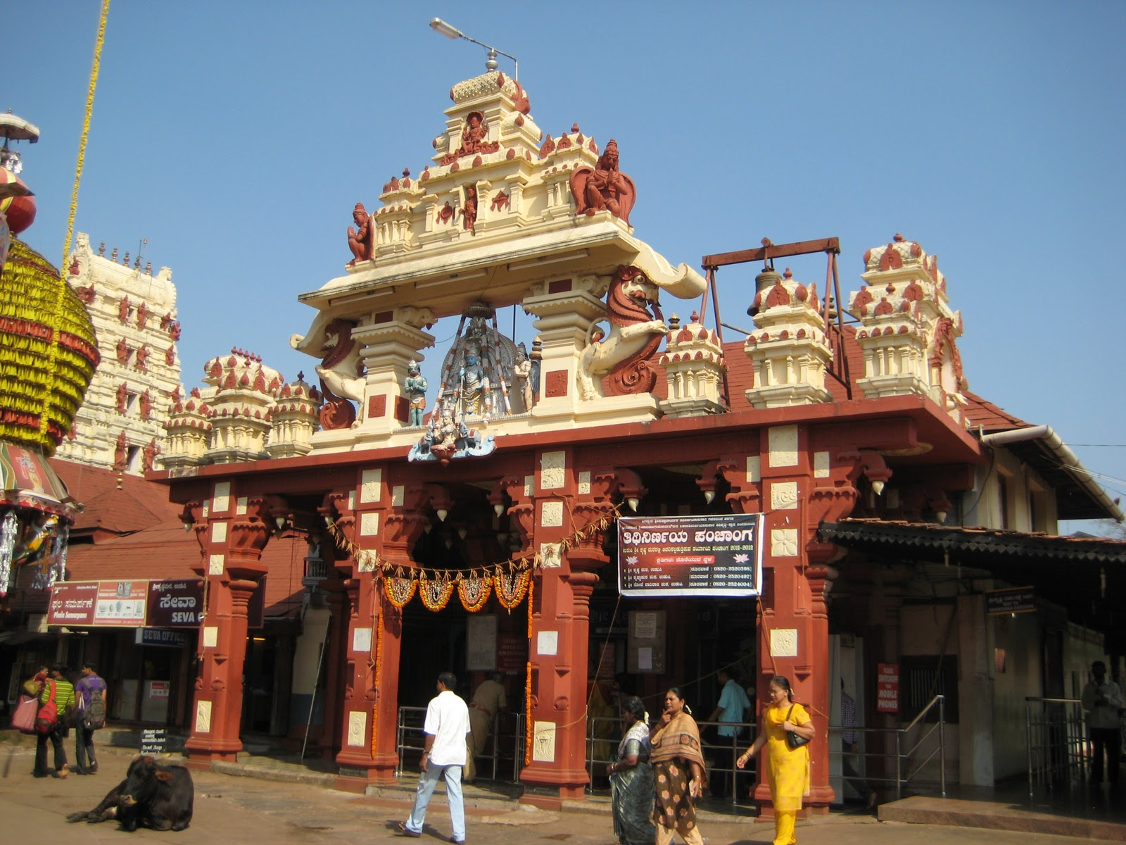 Rajesh Reviews: Great Spiritual Places In India