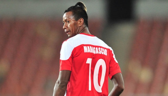 Kaizer Chiefs football manager Bobby Motaung expects a deal for Andriamirado Andrianarimanana
