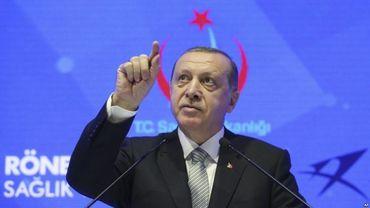 Turquia invade Síria, ameaça Grécia e admite que faz isso pela 'jihad'