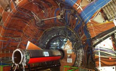 Físics del CERN observen una nova partícula amb dos quarks pesats