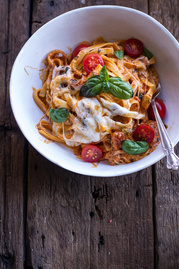 One-Pot Tomato Basil Pasta Bake