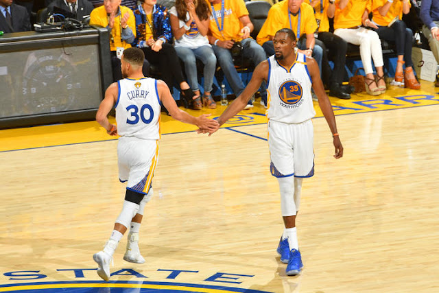 Durant-Curry le duo fracasse Cleveland