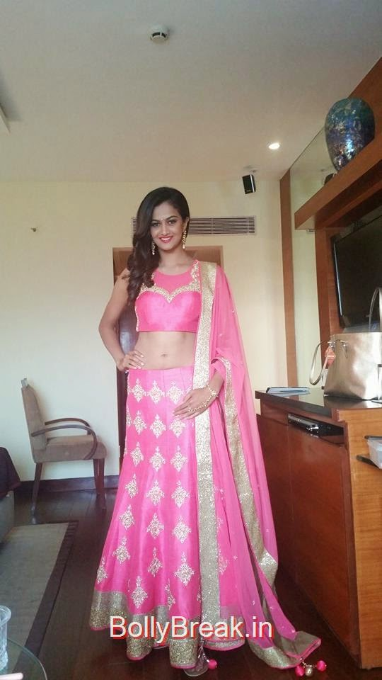 , Shubra Aiyappa Hot Navel Pics in Lehenga Choli from Hotel Room
