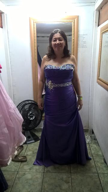 Rose Noivas Cubatão, Rose Noivas, aluguel de roupas, alugar roupas, festa, noivas, cubatão, vestido longo, vestido roxo, look, canutilhos, miçangas