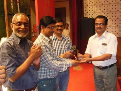 Akashvani Pune - Sunil, Vinod & Gaurav get 'Employee of the Month' award.