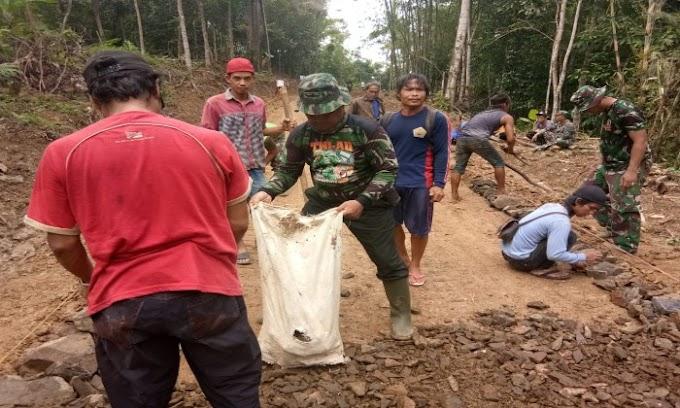Satgas TMMD Kodim 0601/Pandelang Tetap Semangat Membangun Desa