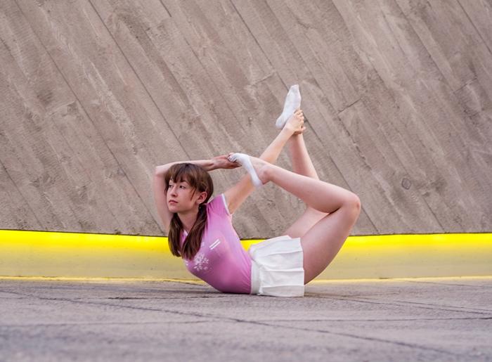 ładne pozycje z jogi