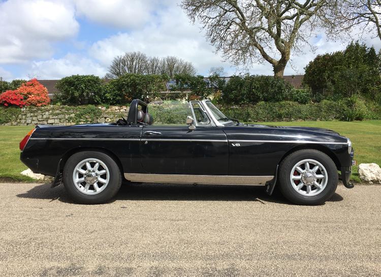 CLASSICS FOR SALE: 1966 MGB V8 ROADSTER - Perranwell Garage