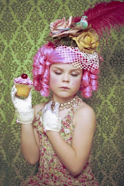 Foto de Niña con cupcake