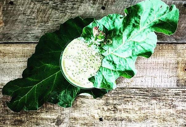 https://zielonekoktajle.blogspot.com/2018/06/rabarbar-jarmuz-arbuz-banan-jogurt.html