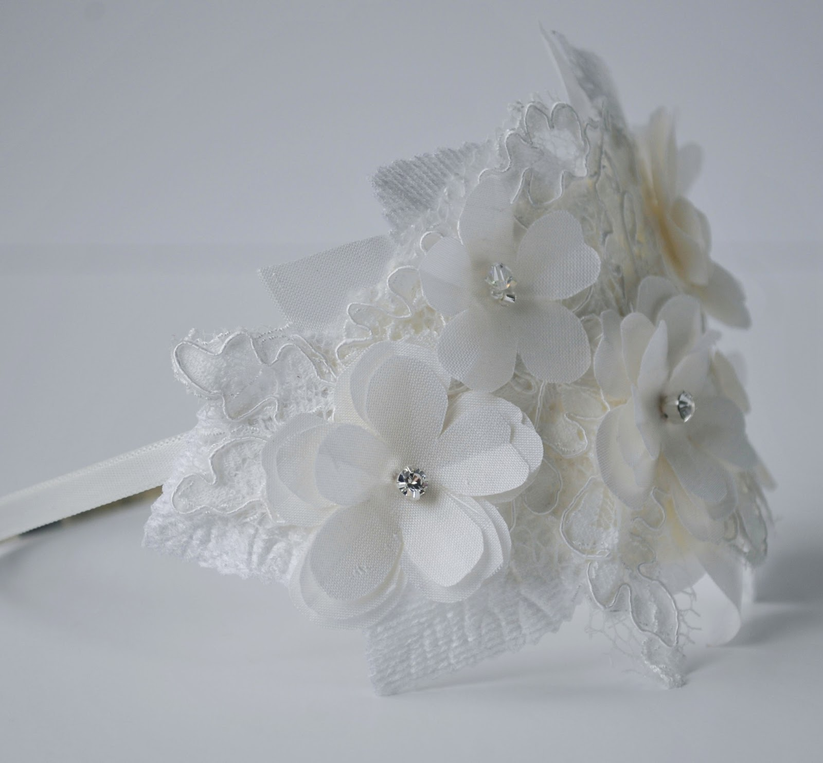 grace designs: canberra etsy seller: wedding hair accessories