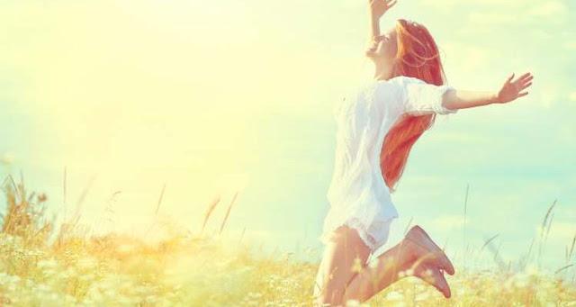 10 αποφθέγματα που μας υπενθυμίζουν να αγαπάμε τον εαυτό μας