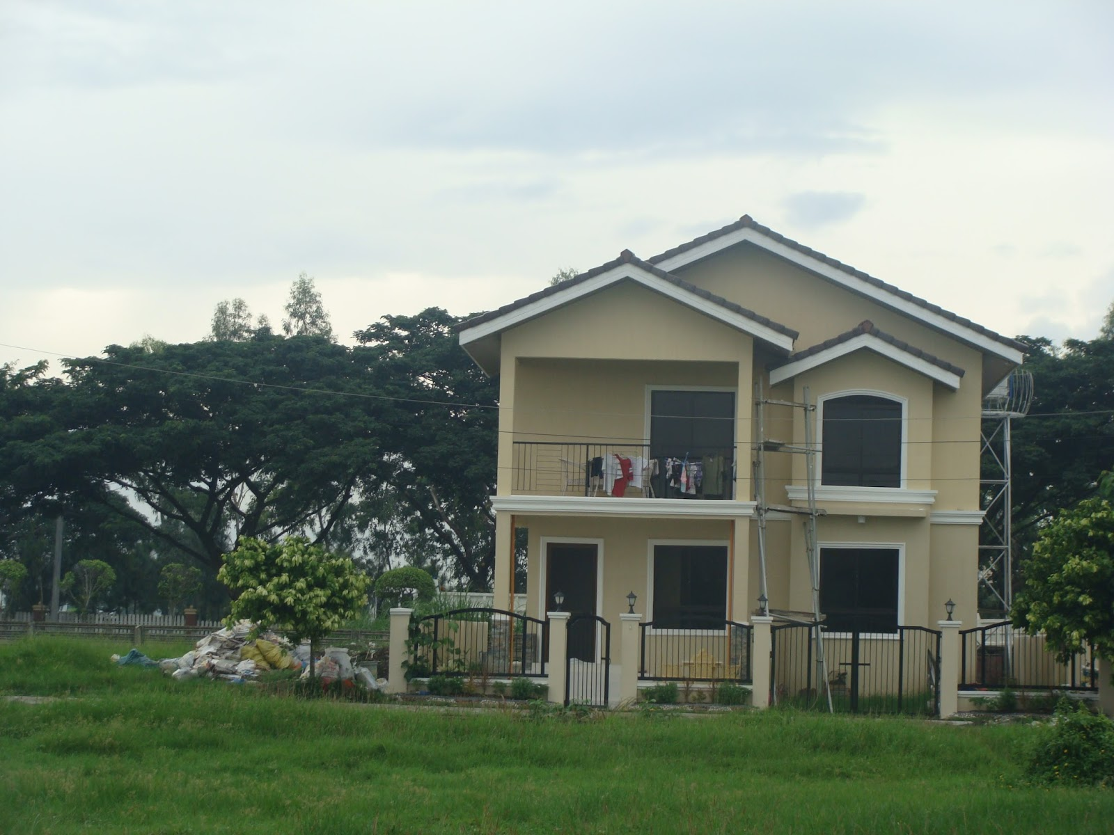 3 story apartment design philippines. Black Bedroom Furniture Sets. Home Design Ideas